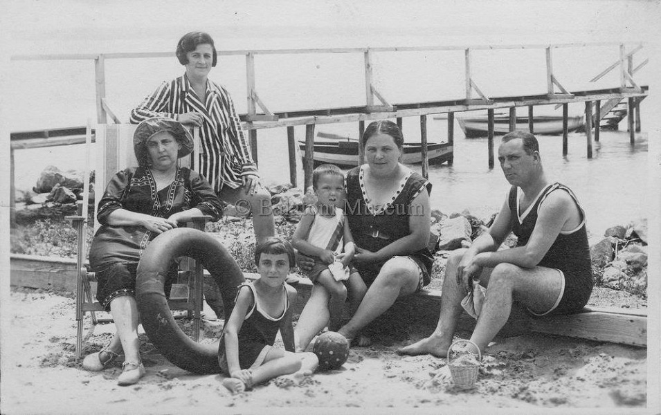 Hungarian National Digital Archive Beach Style Swimsuit Fashion